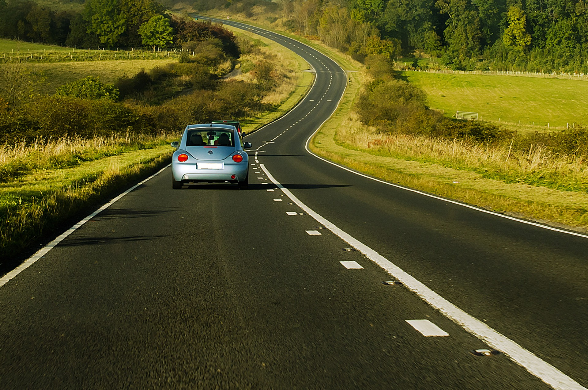 Ekspertas: kalbant telefonu vairuotojo reakcija lėtėja 40 proc.