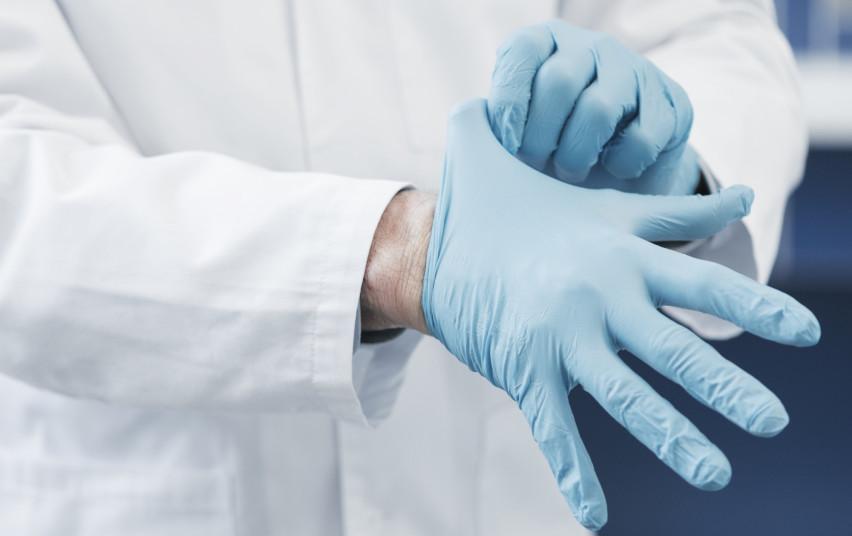 Odontologijos kabinetai duris galės atverti, kai bus tinkamai pasiruošę