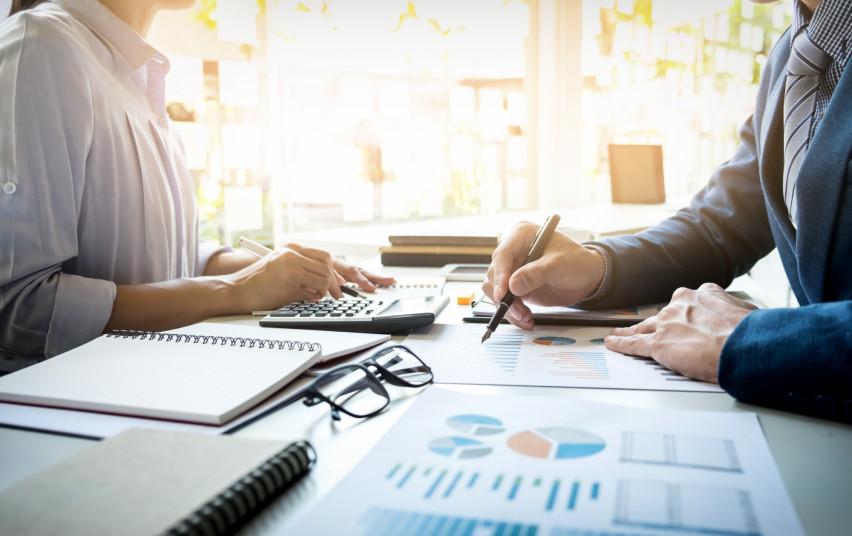 Nustatytos darbo organizavimo valstybės ir savivaldybių įstaigose ir jų valdomose įmonėse sąlygos