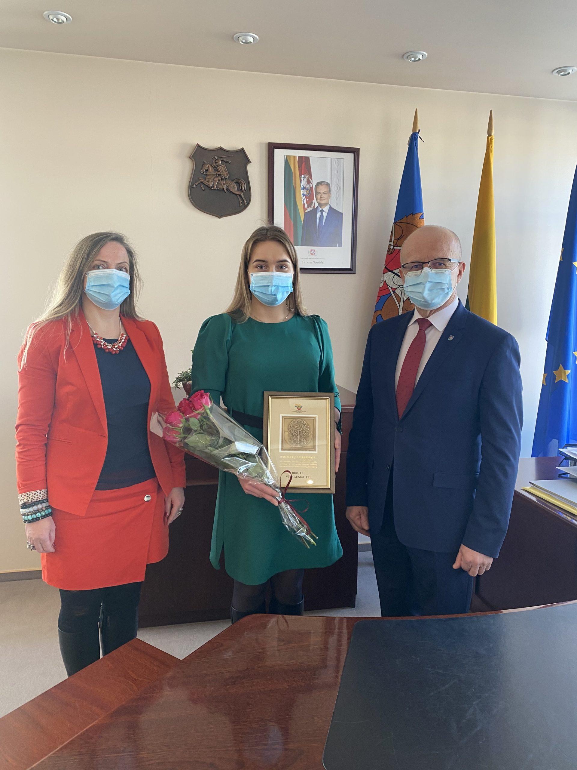 Apdovanota geriausia Prienų rajono visuomenės sveikatos specialistė